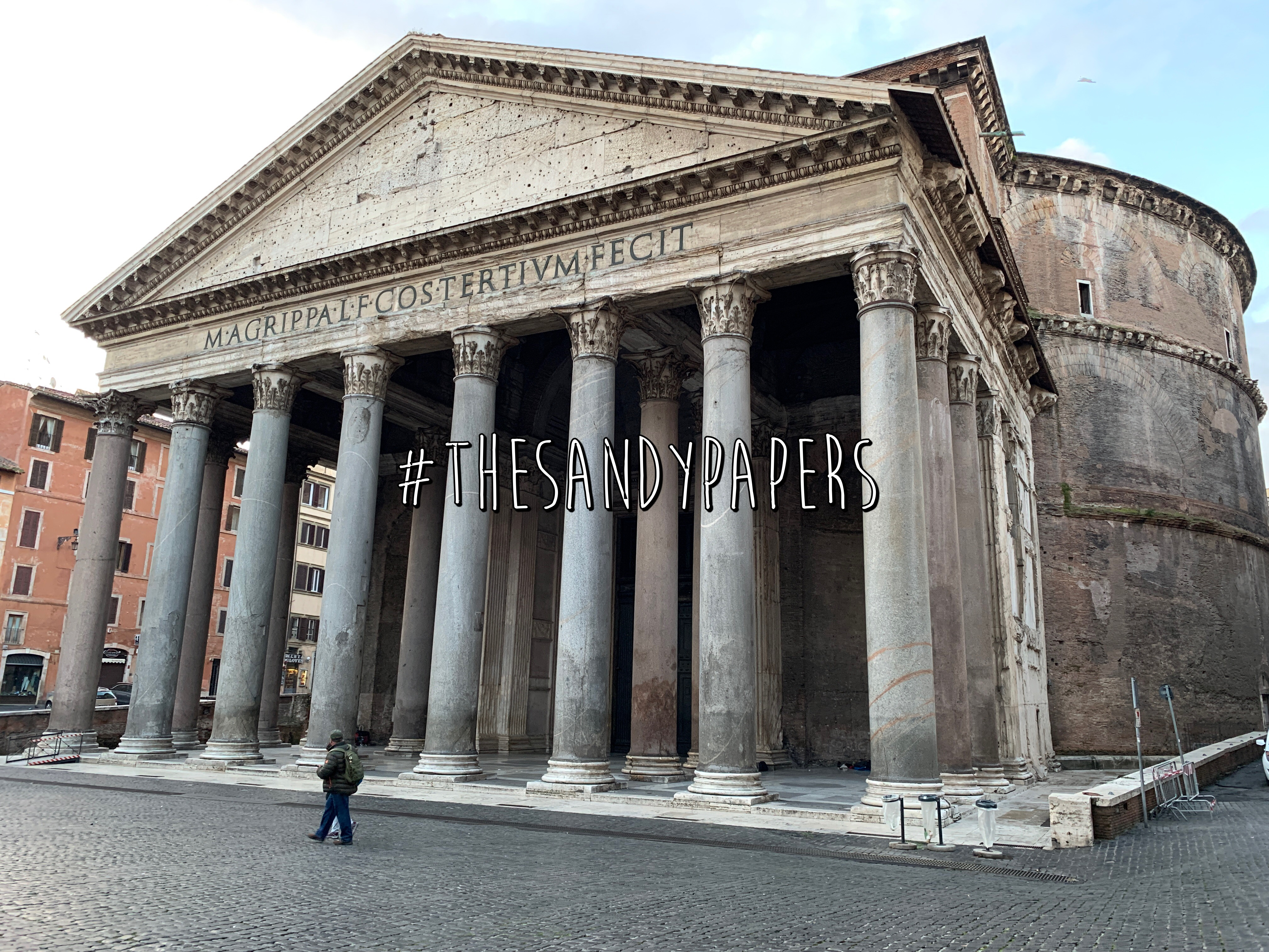 Exterior of the Pantheon as seen from the front.
